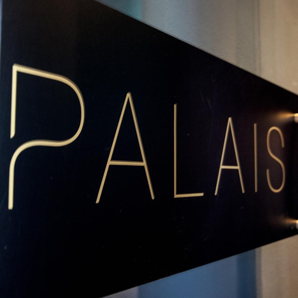 Le Palais & Llama