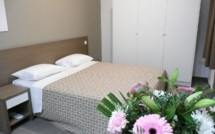 luxembourgin. Black Bedroom Furniture Sets. Home Design Ideas